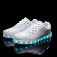 Wholesale 2016 wholesales&dropshipping LED shoes light up flashing hot top glow sneakers for men from china suppliers