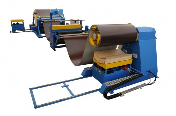 China Mini Slitting Line